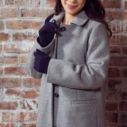 [婦人]日本製タッチパネルカシミア手袋 [着用例] (ア)ネイビー