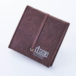 1AR by UNOAERRE/ワンエーアール バイ ウノアエレ イージーウォッチ 1ARの専用袋付きです