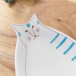ハレクタニ ネコ皿