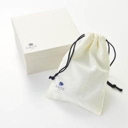 KNOT/ノット メンズ イタリアンレザーメッシュベルト おしゃれなパッケージ入りで、ギフトにおすすめです。