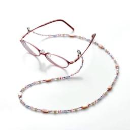 3WAY グラスホルダー&ネックレス  (ア)ピンク系 使用例 【使い方1】エレガントなメガネチェーンに。※メガネは含まれません