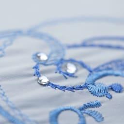 花紀行 クリスタルガラス&ペイズリー刺繍 二重張り折り畳み日傘 クリスタルガラスが煌めきます。
