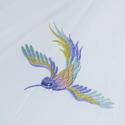 女優日傘 花鳥刺繍 長日傘 幸せを運ぶといわれる「ハチドリ」の美しい刺繍。