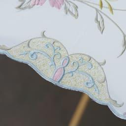 女優日傘 花鳥刺繍 長日傘 細部までこだわった美しい刺繍デザインです。