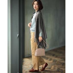 毛布屋さんが作ったespoir肌ざわりここちよいショール コーディネート例 (オ)チャコールグレー