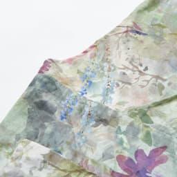 軽量ドレスエプロン 水彩画タッチ  ギフトボックス入り  (ア)ピンク系 咲き誇る季節の花々を、水彩画タッチの繊細な表現でデジタルプリント。