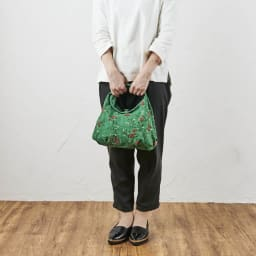 くろちく ミニラウンドバッグ新柄 ※写真はお届けの柄とは異なります。