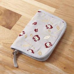 くろちく 刺繍ブックカバー 柄が選べる2個組 (オ)椿グレー
