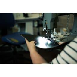 グレンロイヤル IDケース 商品は伝統的な高グレードのブライドルレザーを使用したハンドメイド。英国らしい職人による丁寧なもの作りが品格を感じさせます。