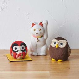 くろちく 古布木目込人形 お守りふくろう シリーズでだるま、招き猫もございます。