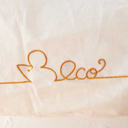 小悪魔Cat エコバッグ&オベントーバッグセット エコバッグ刺繍アップ。しっぽが「eco」の文字に。