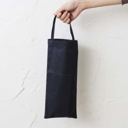 リバティプリント 日本製 握りやすい簡単折りたたみスリムステッキ 収納用のポーチ付き。