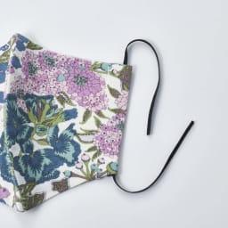 日本製 リバティプリント柄マスク 耳掛けゴムはそのままの状態でお届け。ご自分でフィット感を調整していただけます。