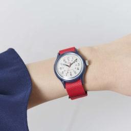 TIMEX オリジナルキャンパー (イ)ピンク/クリーム 着用例。 対応サイズが幅広く男女ともにご着用いただけます。