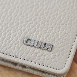 イタリア製通院用ウォレット(お薬手帳入れ) GIUDI/ジウディ 高級感のあるロゴ入り。