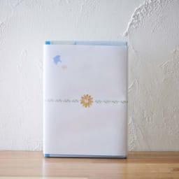 ペットご供養セット (ロウソク・線香&胡蝶蘭マジックウォーターミニ供花) ペットローソク・線香メモリアルセット「虹のかなた」 は、心和む熨斗付きでお届け。家族の一員であるペットを亡くし悲しんでいる方に、「元気を出して」と言葉では表現しきれない気持ちを贈るギフトセット。
