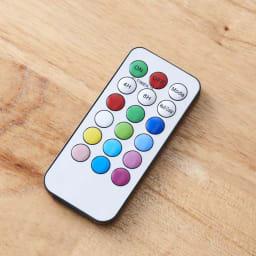 灯る仏花(R) タイマーライト付き リモコンで12色に切替可能。12色が順番に変わるマルチカラー設定やタイマー設定も可能です。