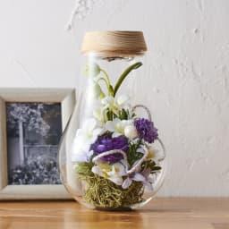 灯る仏花(R) 蘭 上質なアーティフィシャルフラワー(造花)を使用した仏花アレンジメント。
