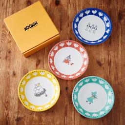 ムーミン パスタプレートセット 柄違いが可愛い4枚セット。取り皿として使いやすいサイズ感。