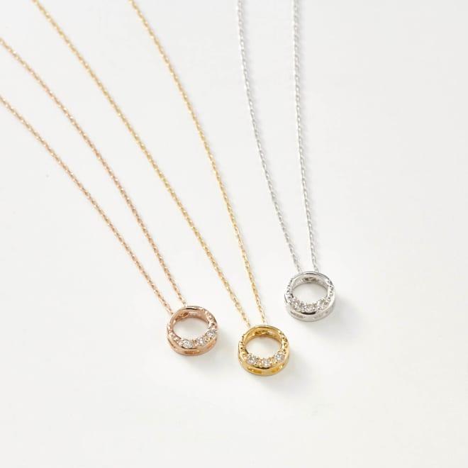 K18ダイヤデザインペンダント サークル 左から(ウ)PG ピンクゴールド、(ア)YG イエローゴールド、(イ)WG ホワイトゴールド