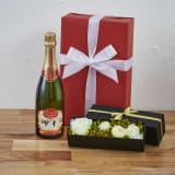【Xmas・シャンパン】プリザーブドボックス(白ローズ)付き シャンパンギフトセット 写真