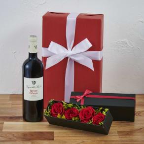 プリザーブドフラワーボックス(赤ローズ)付き フランス赤ワインギフトセット 写真