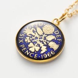 エリザベス2世6ペンスコインペンダント コイン表面