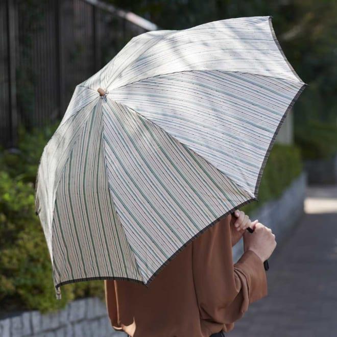 小宮商店 甲州織晴雨兼用折畳日傘 ストライプ (イ)グリーン 味のある手触りが魅力の、さわやかな縞模様