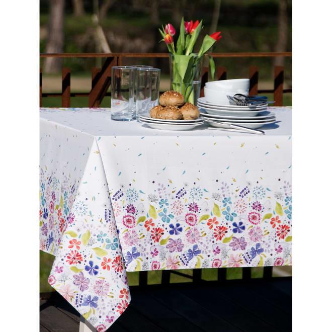 スペイン製花柄テーブルクロス 約150×150cm コーディネート例
