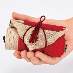 〈京都洛柿庵〉節句飾り細タペストリー 桃の節句 くるくる巻いてコンパクトに収納できます。