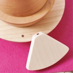 きのいいお雛さま 倒れない様に扇と杓子にはマグネット付きと、きめ細かい工夫も。