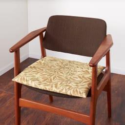 モリス ジャカード織 シートクッション (カ)ウィローボウ・ベージュ系 ※写真は1人掛けです。