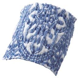 スペイン製ソファカバー〈タイル〉アーム付き (ア)ブルー 緻密な織り柄を表現した、サラッとして肌触りのよいヨコストレッチ素材。
