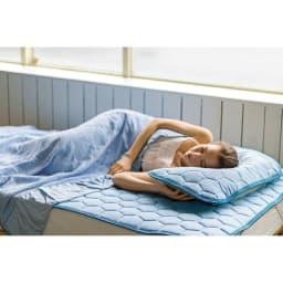 ひんやり除湿寝具 デオアイスネオシリーズ 敷きパッド (ア)ブルー