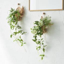 ピンで飾れる エコストーン入り ミニグリーン スワッグ 単品 軽い素材なので、お手持ちのピンや画鋲で吊るせます。
