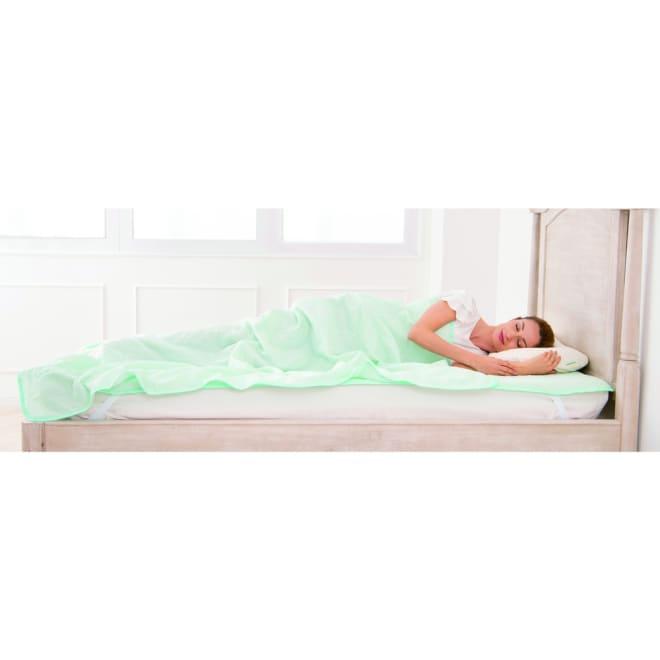 優れた吸放湿性の中わたのサラサラ ガーゼケット サラサラっと掛けて涼しく心地よい眠りへ※お届けはケットのみです。パッドシーツはLZ0508をチェック!