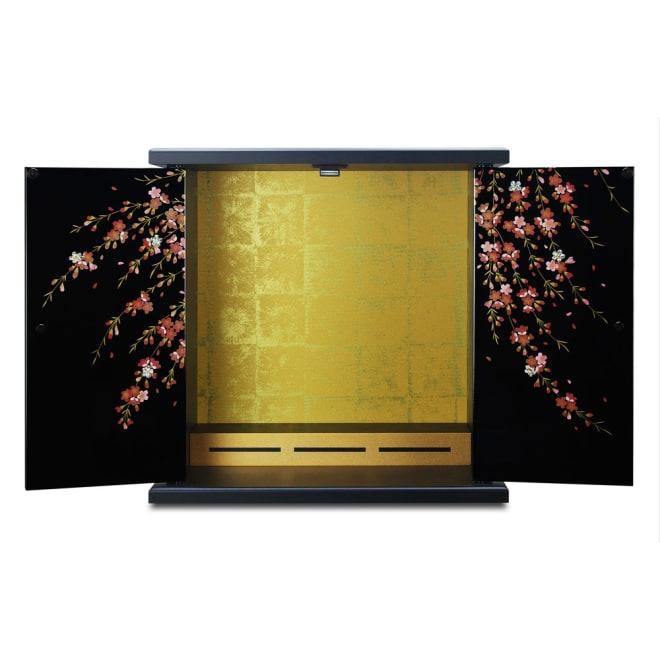 紀州塗 漆器ミニ仏壇 しだれ桜 仏壇・大 扉を開くと花枝が飛び出すような立体感に。