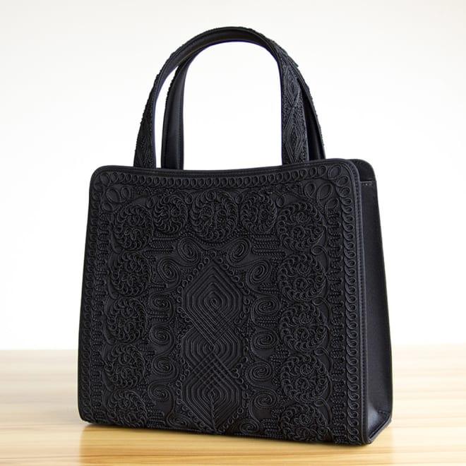 〈岩佐〉コード刺繍トートバッグ