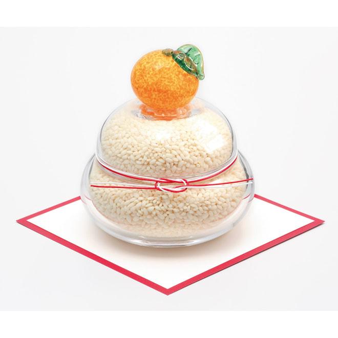 〈kim glass design〉 花器としても年中飾れる 小樽ガラスの鏡餅 中に入っているお米と敷紙は商品に含まれません。