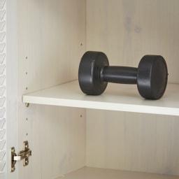 省スペースで快適なルーバー扉シューズボックス(幅60、高さ180cm) 棚板耐荷重は1枚あたり約5キロです。
