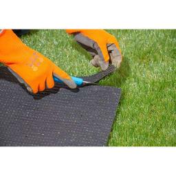 人工芝 ハサミやカッターで自由にカットできます