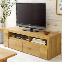伸縮式スイングテレビ台 最小時(幅110cm)はコンパクトに。