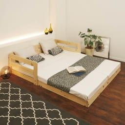 並べてもずれにくいサイドガード付きひのきすのこベッド ご夫婦の寝室に落ち着く天然木の風合い。 ※写真はセミシングルを2台連結して使用しています。