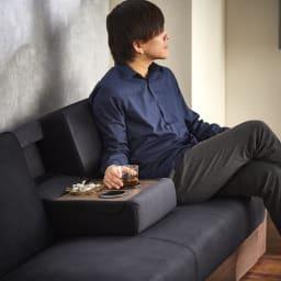 Katevasoh/カテバソー 収納付きマルチソファベッド 肘置きはサイドテーブルの代わりとして使う事ができます。