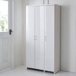 調湿機能のモイス付きシューズボックス 幅90cm・高さ181cm(ハイタイプ) コーディネート例(ア)ホワイト