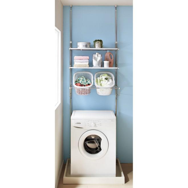 洗濯機パンに収まる 段差対応ランドリーラック 棚2段・バスケット2個 使いやすいと人気の棚2段・バスケット2個タイプです。 バスケットサイズ=29.5×36×22cm