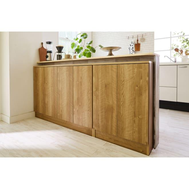 扉つきカウンター下収納 幅119cm(4枚扉) キッチン回りの収納性をアップする、奥行20センチのカウンター下収納です。