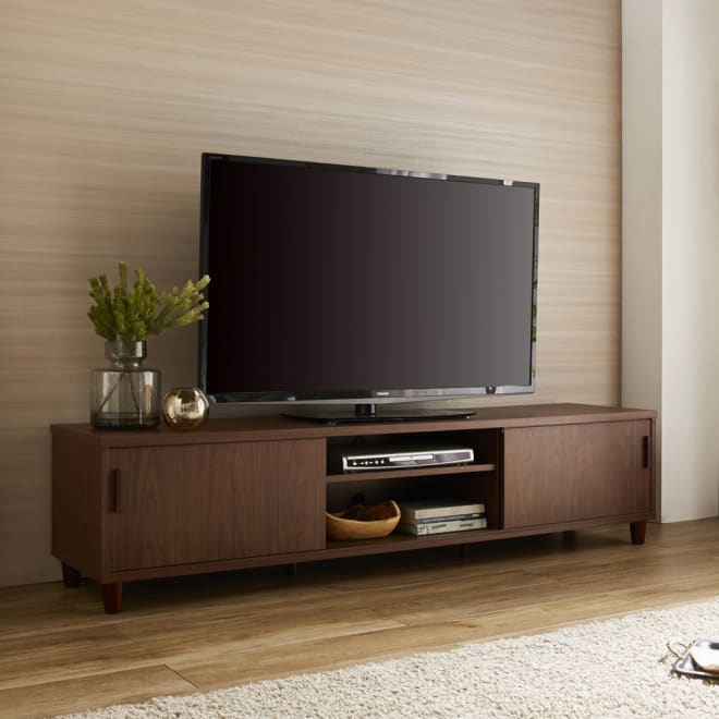 北欧風脚付き引き戸テレビボード (イ)ダークブラウン  木目が美しい天然木調のスライド式扉仕様のテレビボード!