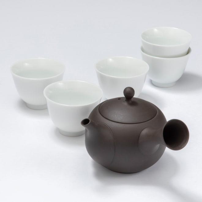 常滑焼の急須&美濃焼湯飲み 6点セット 常滑焼の急須にはお茶の味をまろやかにするという特長がある。