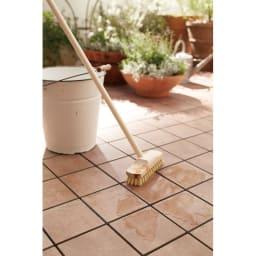 TOTO汚れにくいベランダマット30cm×30cm(15cm角タイル) 同色10枚組 デッキブラシで軽くこすれば泥汚れもすっきり